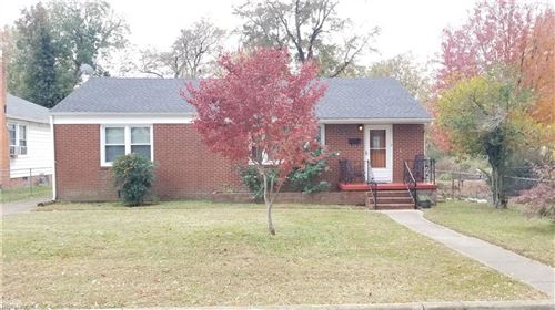 Photo of 207 Locust AVE, Hampton, VA 23661 (MLS # 10291131)