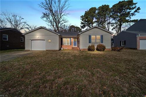 Photo of 105 Quaker RD, Hampton, VA 23669 (MLS # 10364168)