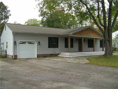 Photo of 8190 Lord Fairfax Circle, Gloucester, VA 23061 (MLS # 10347171)