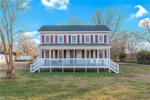 Photo of 194 Cedar RD, Poquoson, VA 23662 (MLS # 10355177)