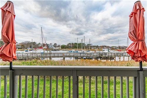 Photo of 1024 Porte Harbour ARCH #102, Hampton, VA 23664 (MLS # 10364187)