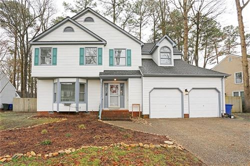 Photo of 24 Welford LN, Newport News, VA 23606 (MLS # 10364211)