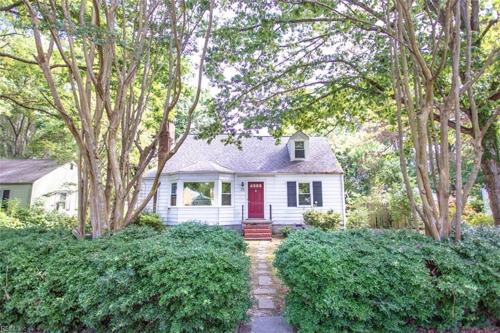 35 Green Oaks Road, Newport News, VA 23601 - #: 10405223