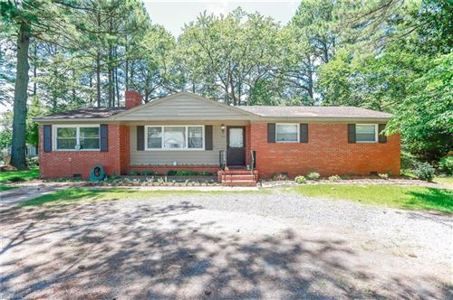 Photo of 3064 Tyre Neck RD, Chesapeake, VA 23321 (MLS # 10329224)