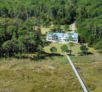 Photo of 301 York Point RD, Yorktown, VA 23690 (MLS # 10363235)