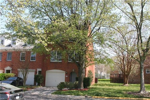 Photo of 622 Guy LN, Newport News, VA 23602 (MLS # 10371268)
