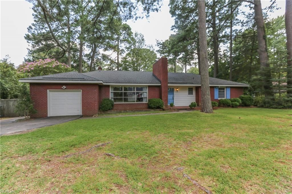 2105 Sterling Point Drive, Portsmouth, VA 23703 - #: 10393272