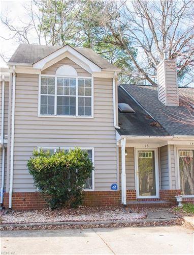 Photo of 13 Red Oak PL, Hampton, VA 23666 (MLS # 10358316)