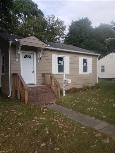 Photo of 2707 Mark ST, Chesapeake, VA 23324 (MLS # 10408317)