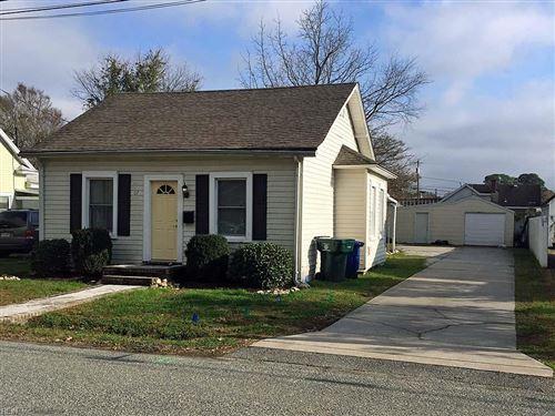 Photo of 67 Hitchens LN, Newport News, VA 23601 (MLS # 10352339)