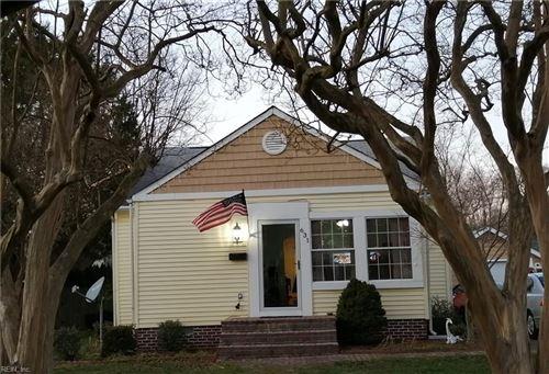 Photo of 631 Temple LN, Newport News, VA 23605 (MLS # 10358342)