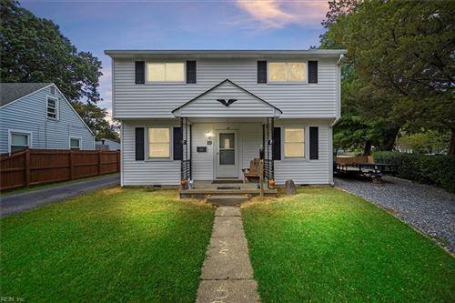 Photo of 19 E Lamington RD, Hampton, VA 23669 (MLS # 10406351)