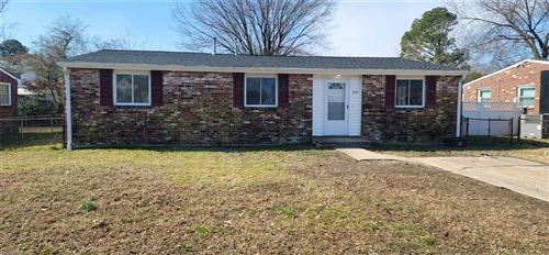 Photo of 1925 McCulloch RD, Hampton, VA 23663 (MLS # 10362362)