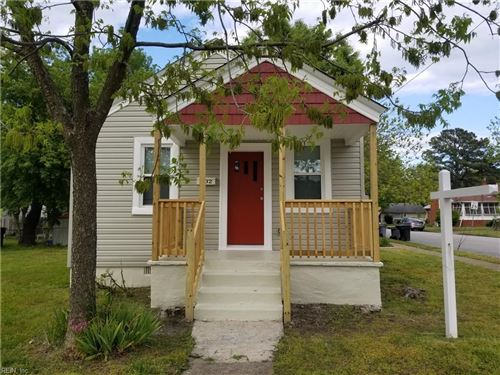 Photo of 802 Powhatan PW, Hampton, VA 23661 (MLS # 10335366)