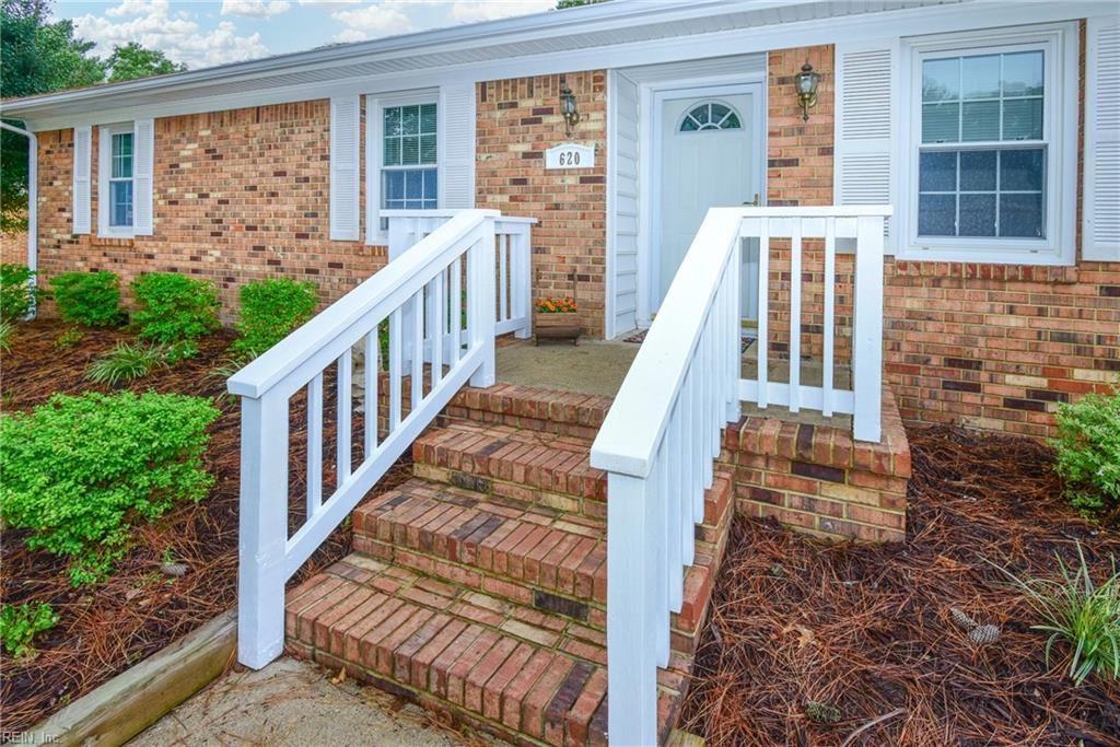 620 Luray Terrace, Chesapeake, VA 23322 - #: 10406418