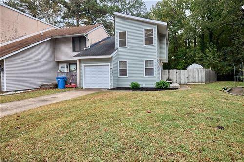 Photo of 641 Pine BND, Chesapeake, VA 23320 (MLS # 10408420)