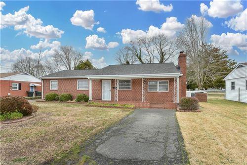 Photo of 624 Fairfield BLVD, Hampton, VA 23669 (MLS # 10363426)