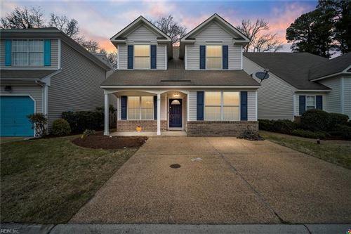 Photo of 13 Lavender TRCE, Hampton, VA 23663 (MLS # 10363440)