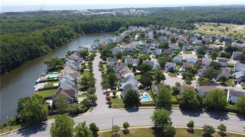 Photo of 581 Summer Lake LN, Virginia Beach, VA 23454 (MLS # 10332503)