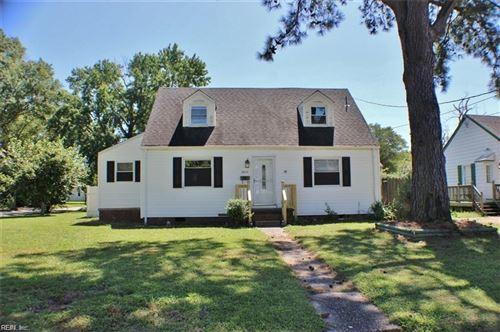 Photo of 8034 W Glen Rd RD, Norfolk, VA 23505 (MLS # 10408518)