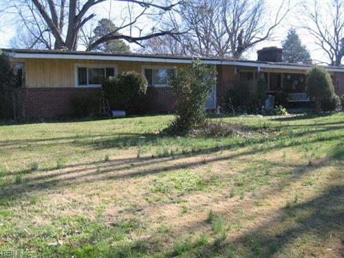Photo of 35 Twig LN, Newport News, VA 23608 (MLS # 10357555)