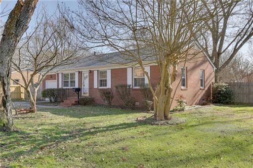 Photo of 143 Colony RD, Newport News, VA 23602 (MLS # 10357557)