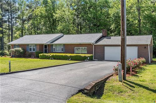Photo of 7236 Independence RD, Gloucester, VA 23061 (MLS # 10318578)