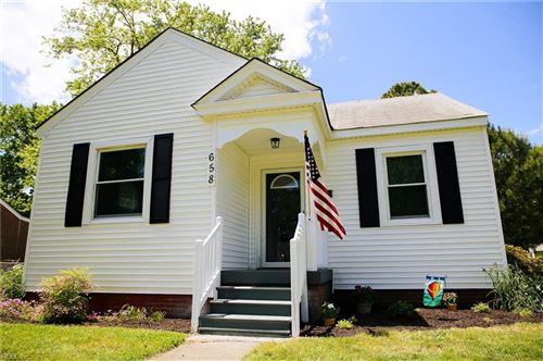 Photo of 658 Ellen RD, Newport News, VA 23605 (MLS # 10377595)