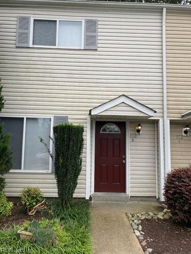 Photo of 152 Jenness LN #B, Newport News, VA 23602 (MLS # 10343602)