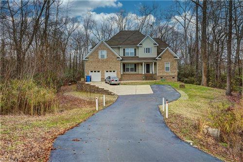Photo of 2812 Gum RD, Chesapeake, VA 23321 (MLS # 10307648)