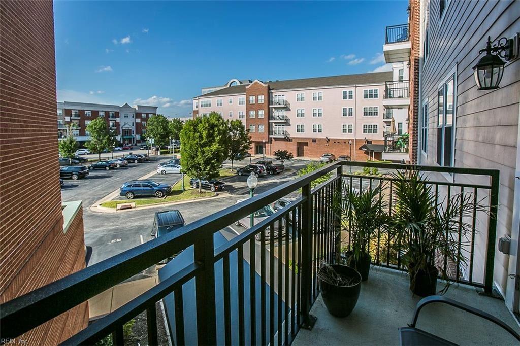 670 Town Center Drive, Newport News, VA 23606 - MLS#: 10390662