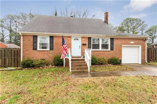 Photo of 4 Fox Grove DR, Hampton, VA 23664 (MLS # 10361682)