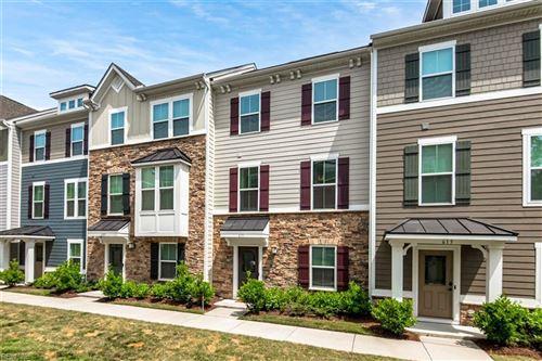 Photo of 611 Brickell CHSE, Chesapeake, VA 23324 (MLS # 10376694)
