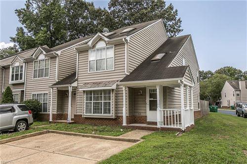 Photo of 2 Gold Leaf PL, Hampton, VA 23666 (MLS # 10334734)