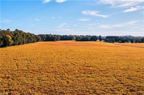 Photo of 2672 Kings Fork RD, Suffolk, VA 23434 (MLS # 10407748)
