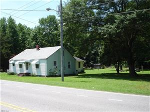 Photo of 1809 Battlefield BLVD S, Chesapeake, VA 23322 (MLS # 10267752)