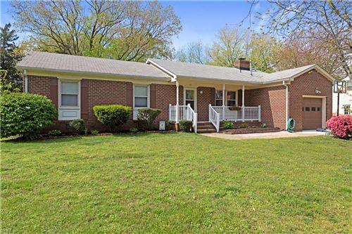 Photo of 121 Freemoor DR, Poquoson, VA 23662 (MLS # 10376787)