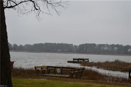 Photo of 8 Eagle Point RD, Hampton, VA 23669 (MLS # 10359812)
