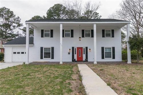 Photo of 363 Hopemont CIR, Hampton, VA 23669 (MLS # 10357813)