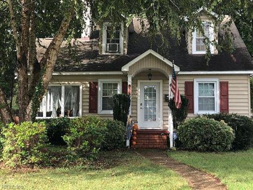 Photo of 167 Cherokee RD, Hampton, VA 23661 (MLS # 10406843)