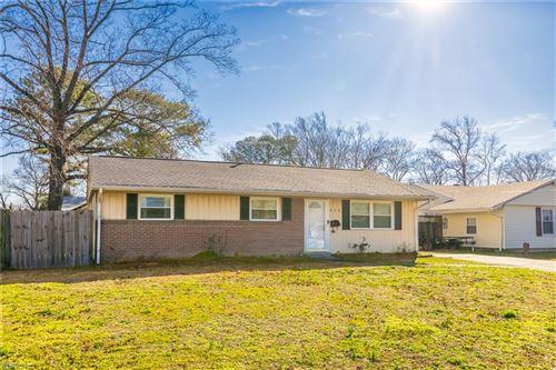 Photo of 618 Greenville CT, Hampton, VA 23669 (MLS # 10363852)