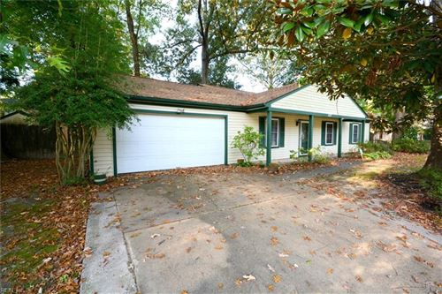 Photo of 127 Quaker RD, Hampton, VA 23669 (MLS # 10406858)