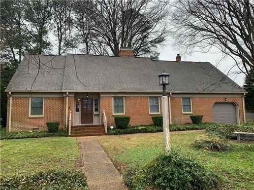 Photo of 326 Blake CIR, Hampton, VA 23669 (MLS # 10363889)