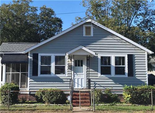 Photo of 701 Powhatan PW, Hampton, VA 23661 (MLS # 10406893)