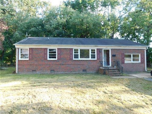 Photo of 5003 Hillsboro CT, Hampton, VA 23605 (MLS # 10406899)