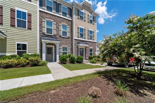 Photo of 527 Twine LN, Chesapeake, VA 23324 (MLS # 10328927)