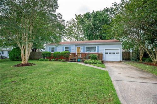 Photo of 3045 Cobblestone DR, Virginia Beach, VA 23452 (MLS # 10334942)
