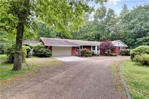 Photo of 127 Little John RD, Williamsburg, VA 23185 (MLS # 10320959)