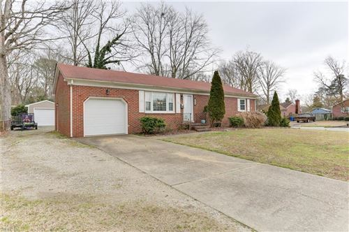 Photo of 708 Arrowhead DR, Newport News, VA 23601 (MLS # 10363960)