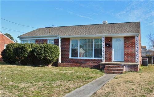 Photo of 16 Whitaker AVE, Hampton, VA 23664 (MLS # 10357964)